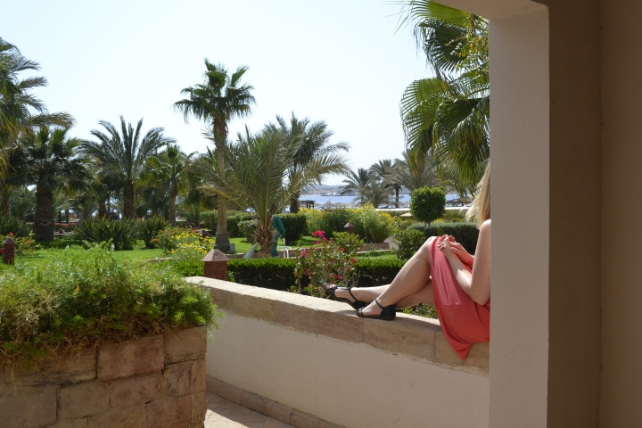 ägypten-hotelzimmer-terasse.JPG