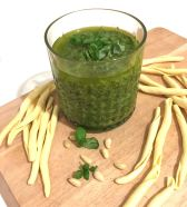 Fertiges Pesto