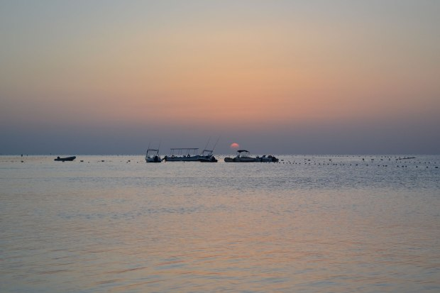 traumhafter-sonnenaufgang-aegypten-rotes-meer