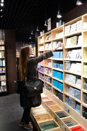 sostrene-grene-shopping